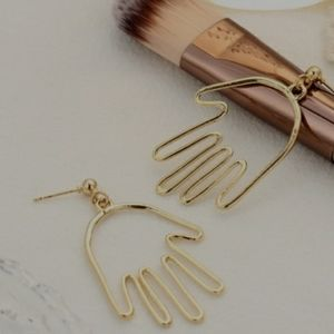 NEW color gold hand earrings